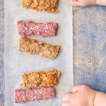 Porridge fingers for baby led weaning (BLW) 3 different flavours - raspberry & coconut, apple pie and carrot cake. Great finger food for babies and toddler. Breakfast ideas for babies.